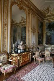 French Chateau Interior Cool Chic Style Attitude Dimore Storiche Living With Antiques