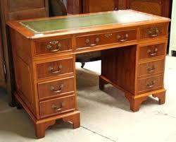 cuir pour bureau cuir pour bureau ancien bureau ancien dessus cuir pour bureau