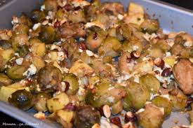 cuisiner des choux de bruxelles frais choux de bruxelles rôtis pommes et feta maman ça déborde