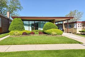 two chicago area midcentury time capsules for under 250k curbed