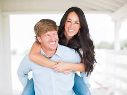 chip and joanna gaines tour schedule how hgtv s fixer upper stars overcame debt to build an empire