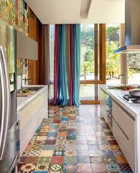 carrelage sol cuisine comment adopter le carrelage patchwork à intérieur archzine fr