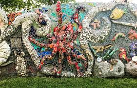 mosaics in smither park the buzz magazines under the sea mosaic