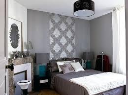 chambre avec papier peint papier peint chambre adulte romantique deco de chambre adulte