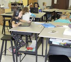Standing Desks For Students River Ridge Is Putting Stand Up Desks To The Test Courier Press