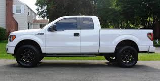 white jeep black rims anyone have pics white trucks w black rims page 4 ford f150
