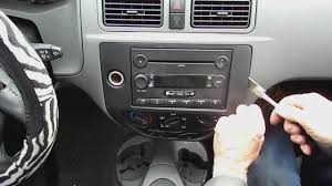 how to remove a 2004 2008 ford focus radio car stereo upgrade