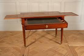 bureau en acajou bureau en acajou estillé jean françois leleu vers 1780