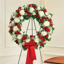 funeral wreaths and white standing wreath funeral flowers in seagoville tx