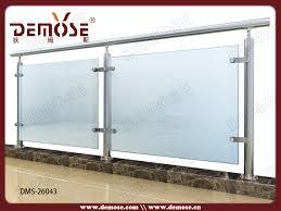 balkongelã nder design chestha design außen holzgeländer