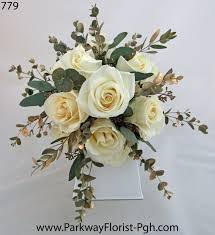 wedding flowers for guests blue wedding flowers parkway florist pittsburgh