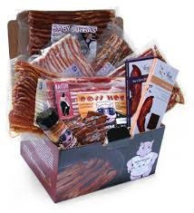 manly gift baskets ten gift baskets for men that he s sure to