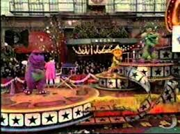 barney in the 1997 macy s thanksgiving day parade