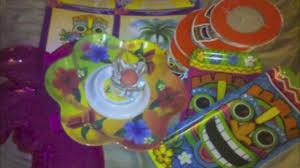 Hawaian Decorations Fun Hawaiian Luau Party Supplies And Decorations From Kids