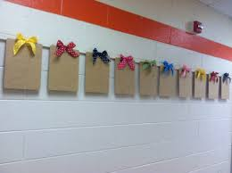 How To Hang Fabric On Walls Without Nails by Best 25 Hanging Student Work Ideas Only On Pinterest Display