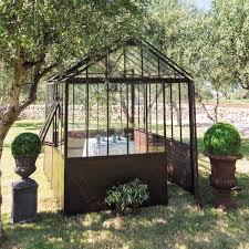 construction d une serre de jardin en bois serre en métal effet rouille h 252 cm tuileries maisons du monde