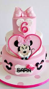 themed cake decorations 10 cutest minnie mouse cakes everyone will pretty my party