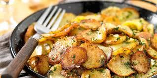 cuisiner pommes de terre pommes de terre sarladaise facile et pas cher recette sur