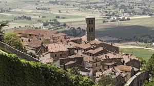Cortona Italy Map by Cortona Holidays 2017 Cortona Italy Citalia