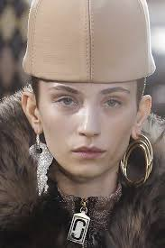 mismatched earrings trend top 12 fall jewelry trends for 2017 runway fashion jewelry