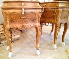comodini in stile comodini in legno antico foto 23 27 design mag