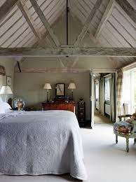 chambre haute chambre rustique pour des vacances bucoliques lit haut bois