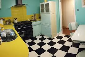 mid century modern kitchen cabinet colors 12 stunning midcentury modern kitchen ideas