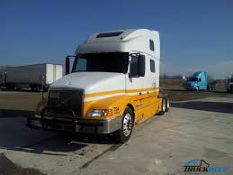 used volvo semi trucks 1999 volvo vnl64t770 for sale in downers grove il by dealer