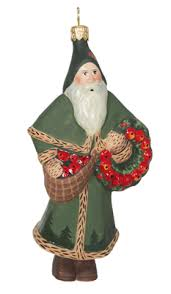 santa with wreath ornament colonial williamsburg from vaillancourt