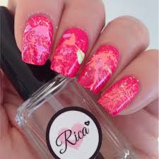 splatter paint your nails pretty nail that accent