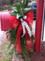 Christmas Mailbox Decoration Ideas Red U0026 Lime Green Plaid Tied Around Mixed Greenery Christmas