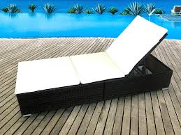 chaise tress e chaise longue en resine tressee 12 avec miadomodo bain de soleil r