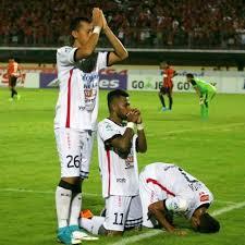 Facebook Soccer Memes - soccer memes bali united players celebrate their goal facebook