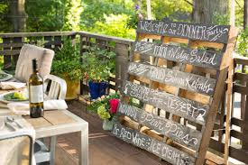 upcycle an old pallet into a bistro style menu board 10 tips for
