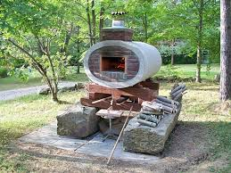 Diy Backyard Pizza Oven by Oven In Elliptical Concrete Drainage Pipe