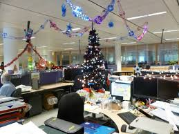 office 24 simple christmas decorating ideas for office