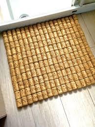 tappeto con tappi di sughero tappetino per la doccia con tappi di sughero casa