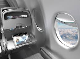 charge your phone using sunlight from airplane windows condé
