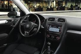 Vw Golf Mk5 Interior Styling 2015 2014 Vs 2015 Volkswagen Golf What U0027s The Difference Golf Vs