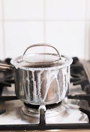 come pulire il piano cottura pulire al meglio il piano cottura risposte dell esperto hotpoint