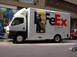 mitsubishi fuso truck fedex truck hong kong a mitsubishi fuso fedex delivery tr u2026 flickr
