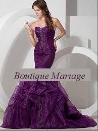 boutique mariage nantes de mariée coupe sirène couleur parme avec traine