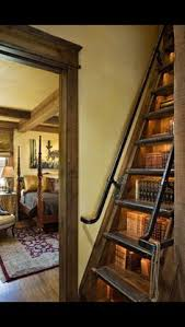 Quirky Bookcase Bater Book Northumberland Inglaterra Quirky Furniture