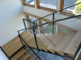 indoor and outdoor glass railing ideas for deck balcony