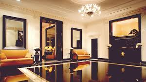 What Is The Interior Design Style Of The Carlyle New York City - New york interior design style