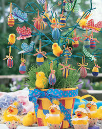 Cute Table Decorations For Easter egg shells creative crafts and easter decor ideas