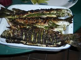 bonne cuisine camerounaise la recette du soir le poisson braisé recette camerounaise le