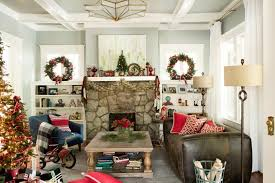 christmas decorations home 14 easy traditional christmas decorating ideas hgtv
