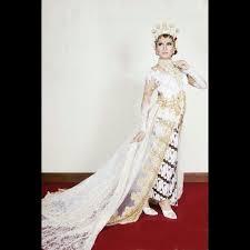 wedding dress jogja 50 best make up kebaya images on kebaya kebayas and
