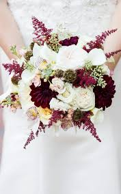 wedding flowers types 12 stunning wedding bouquets that went viral on mydomaine